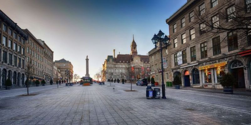 Do: Explore Old Montreal
