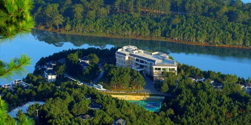 Edensee Lake Resort & Spa Dalat
