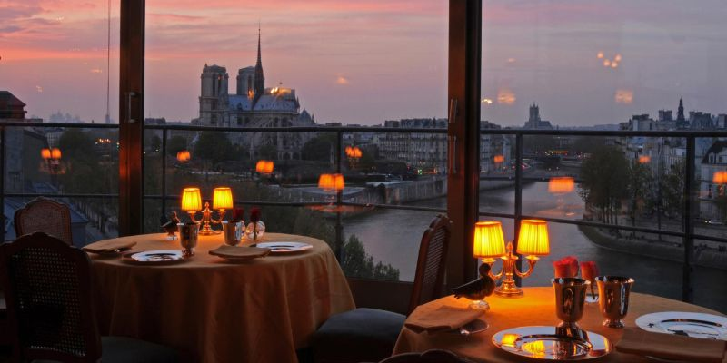 Top 3 Romantic Restaurants in Paris